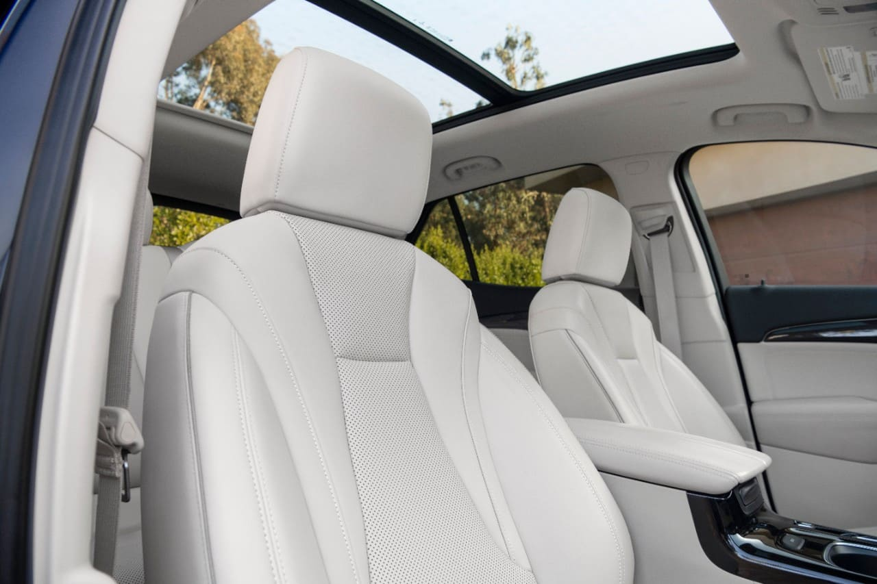 2021-Buick-Envision-014